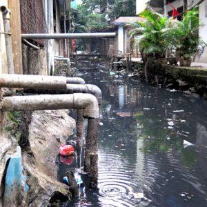 Nước thải sinh hoạt nhiễm bẩn ảnh hưởng nguy hiểm thế nào đến người dùng? 1